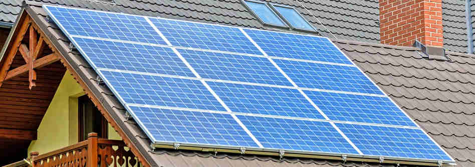 Dal 2018 gli edifici nuovi o ristrutturati devono coprire almeno il 50% dei consumi con le rinnovabili